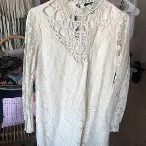 Stunning forever 21 cream mock neck lace dress